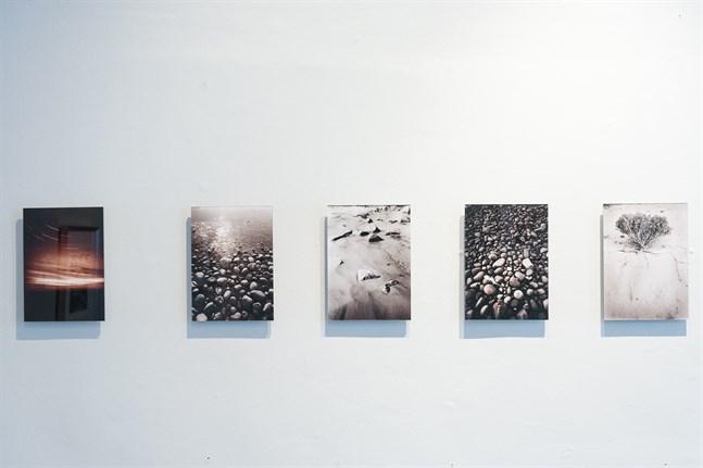De här bilderna tog fotografen Jyrki Portin med en gammal bälgkamera.