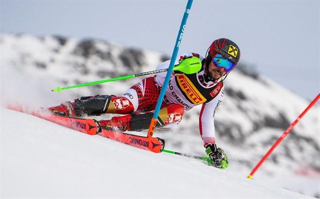 Marcel Hirscher vann i Åre.