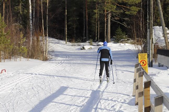 Innan snön lägger sig borde hela Skogsbergets motionsslinga åter vara i användning.