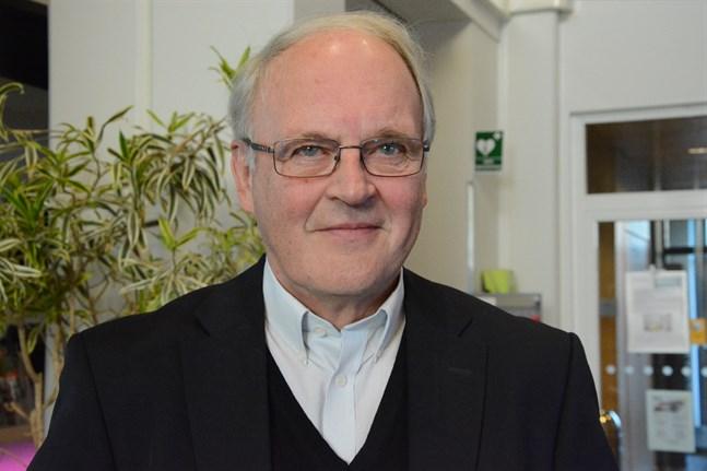 Om både tillgången på arbetskraft och produktiviteten fallerar, finns det inga möjligheter att skapa de resurser som välfärdsstaten kräver, skriver Johnny Åkerholm.