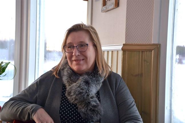 Korsnäs kommundirektör Christina Båssar anser att den statliga social- och hälsovårdsreformen har utvecklats till det bättre.