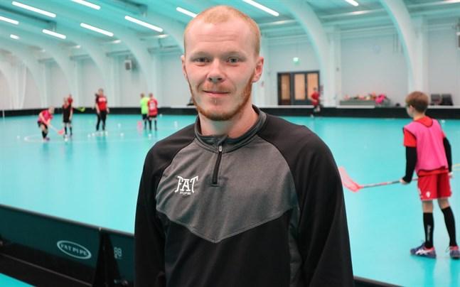 Jonathan Eklund gjorde tre mål, men det hjälpte inte Jeppis FBC denna gång.