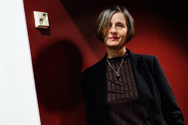 Susanna Alakoski skriver om Vasakvinnors historia.