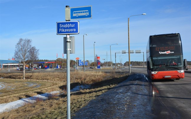 För tillfället går det inte att resa buss till och från Österbotten. Onnibus har satt sina linjer på paus.