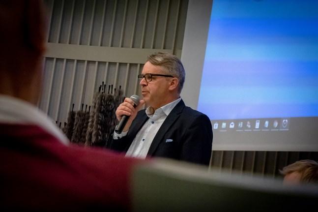 Peter Östman (KD) säger att infrastruktursatsningarna i regeringens tilläggsbudget var väntade.