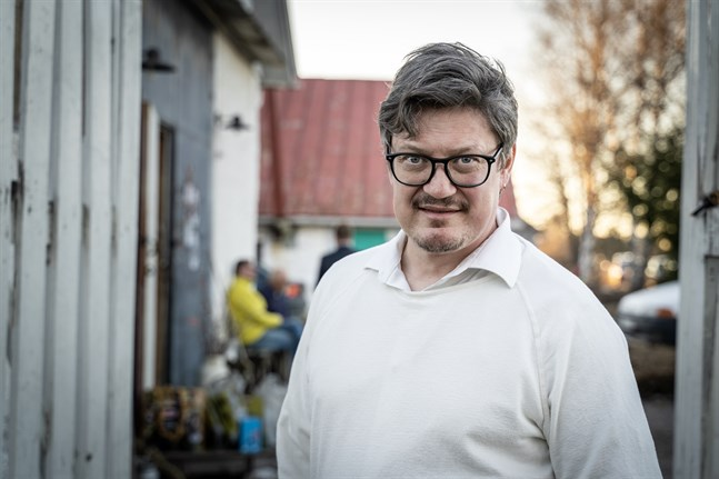 Rurik Ahlberg, kommundirektör i Korsholm, hoppas på att investeringen blir verklighet. Det gynnar hela regionen.