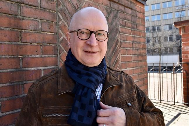 Forskaren Markku Siltala har analyserat 636 berättelser om sörjande människors kontakt med avlidna nära och kära.