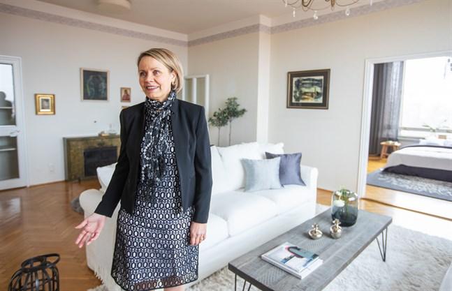 Johanna Kurtén på Annala & Kurtén är förvånad över hur bra det gått. Hon och de flesta andra mäklare trodde nog att bostadsmarknaden skulle bromsa in på grund av pandemin, men det har den inte gjort. Arkivbild.