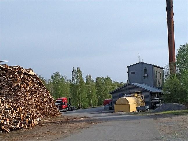 Det av Kaskö stad ägda bolaget Kaskö Energi åläggs att betala dryga skadestånd till ett växthusföretag för avtalsbrott.