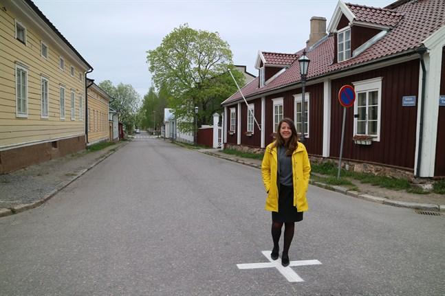 Ida Schauman landade i veckan i Karleby och hann även spana in Rahmska gården där hon tillbringade sina allra första levnadsår.