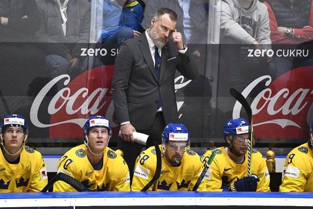 Förbundskapten Rikard Grönborg har gjort sin sista match i Tre Kronors bås.