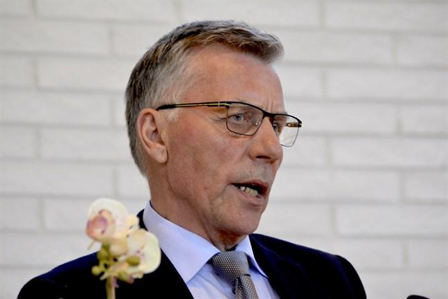 Olav Sjögård säger att fusionsavtalet är giltigt bara nu. Om rättsprocessen resulterar i att beslutet måste tas om ska avtalet förhandlas om, i synnerhet om det blir ett nytt fullmäktige som fattar beslutet.