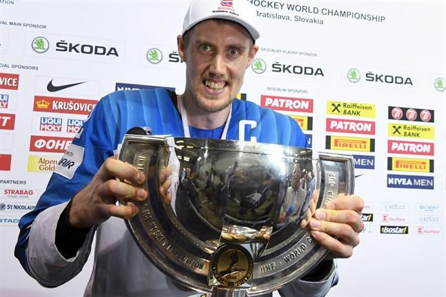 Lagkapten Marko Anttila har försäkrat sig en plats i den finska hockeyhistorien med söndagens VM-guld.