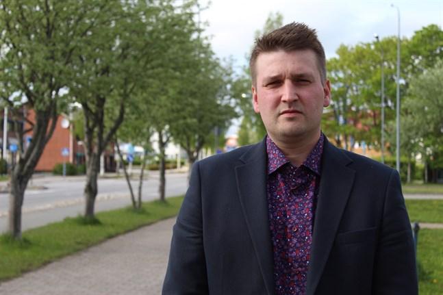 Daniel Dahlbo valdes i måndags till ny ordförande i bildningsnämnden i Närpes.