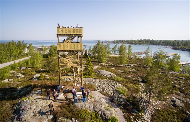 Det nya utsiktstornet i Klobbskat invigdes i juni i fjol.