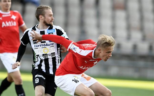 87f792f0 Juho Lähde, här i kamp med mittfältaren Tino Palmasto i bortamatchen mot  Helsingfors IFK före landslagsuppehållet, säger att han är oerhört taggad  inför ...