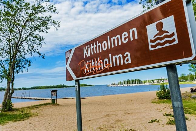 Kittholmens strand får en ny parkeringsplats.