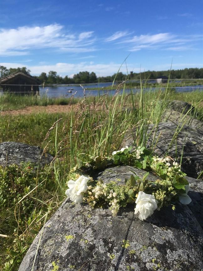 Midsommarkrans vid Bodback, Björköby.