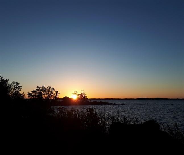 Midsommardagens soluppgång, Köklot.