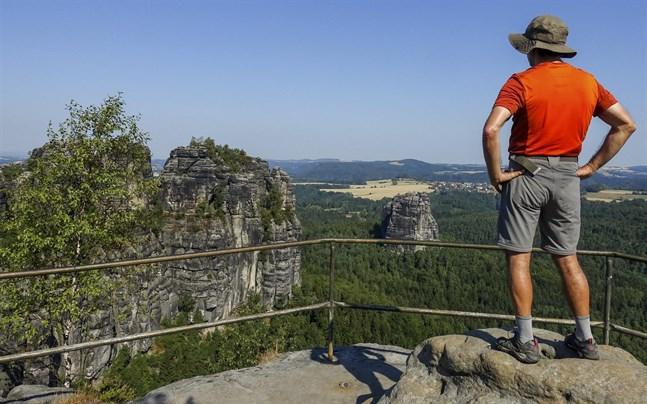 Panoramat från Schrammsteinaussicht kan ta andan ur en.