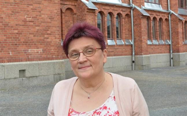 Inger Ylikoski tar över två kyrkliga förtroendeuppdrag i Kristinestad.