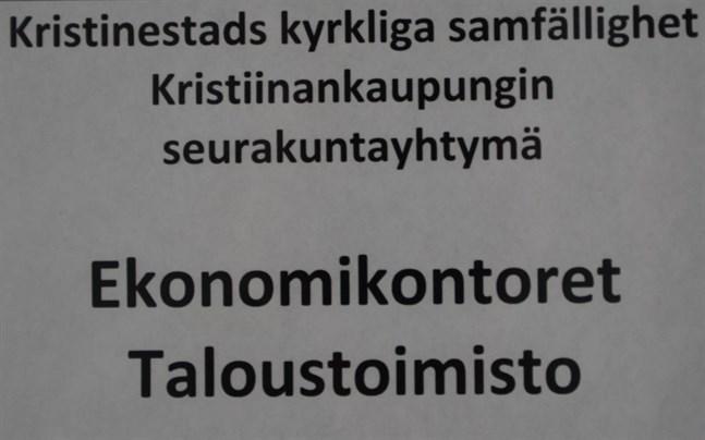 Tjänsteförhållandet för förvaltningschefen hävdes inom prövotiden. Men nu ligger ärendet för prövning i Helsingfors förvaltningsdomstol.
