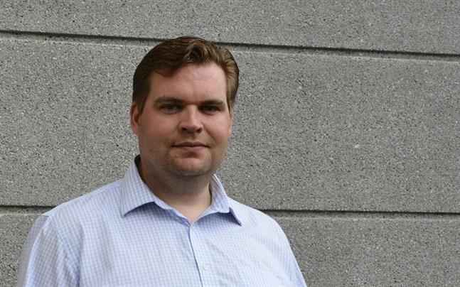 Närpes har valt efterträdare till Markus Norrback, som sade upp sig förra sommaren efter att ha valts till förvaltningsdirektör i Malax.