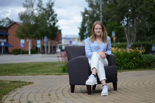 Ungdomsfullmäktige i Närpes har en ny ordförande, Alexandra Wegelius från Nämpnäs. Hon vill bland annat arbeta för att ungdomsfullmäktige ska få större synlighet.