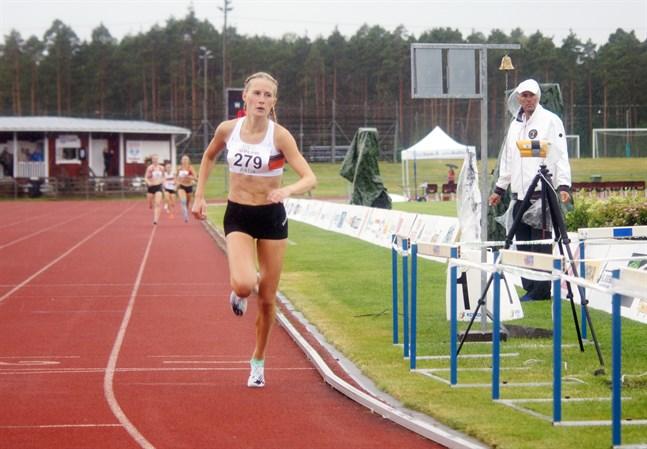 Nathalie Blomqvist i SFI-mästerskapen i Karis i fjol.