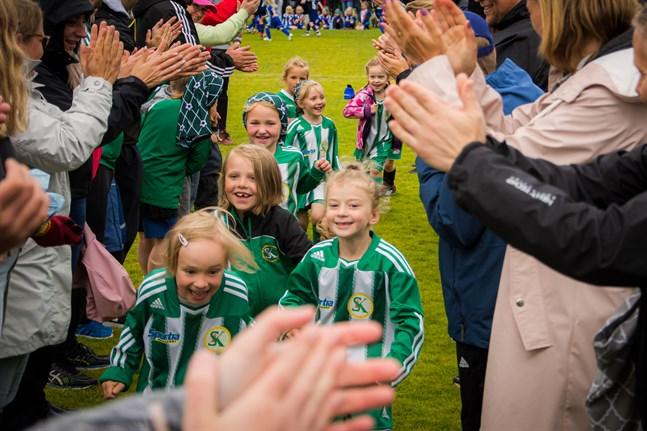Wasa Football Cup ser i nuläget ut att kunna genomföras som planerat 3–5 juli, om än med restriktioner.