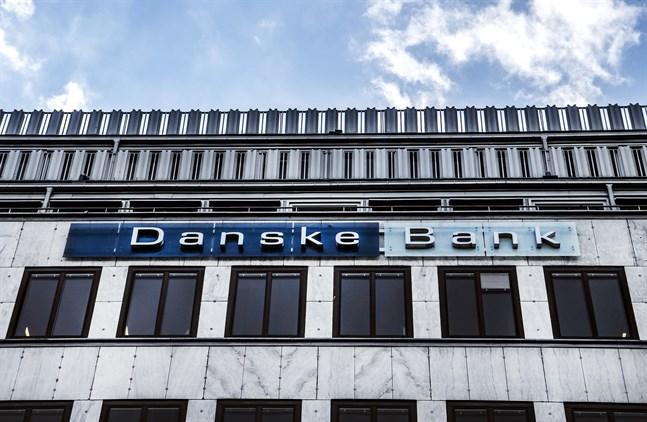 Danske Bank justerar ned sin vinstprognos något. Arkivbild.