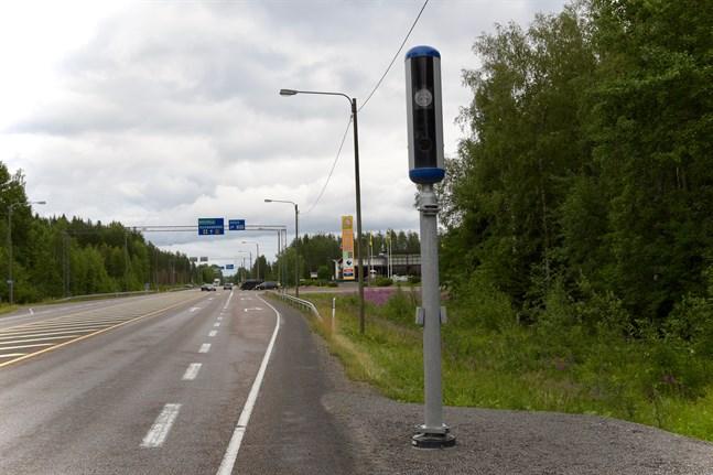 Så här ser den nya modellen av fartkamerorna ut. I sommar dyker de upp längs vägarna.