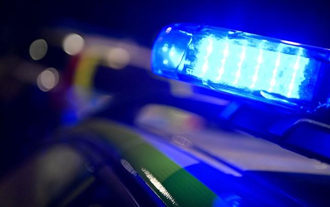 Polisen fick rycka ut till en nattklubb i centrala Stockholm för att 17 personer tog sig in utan lov. Arkivbild.