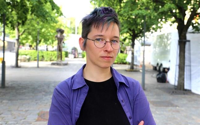 """Axelle Cazeneuve trivs i Finland. I fjol var hon sex månader i landet för sin forskning. Då skrev hon också lajvet """"Childfree."""""""