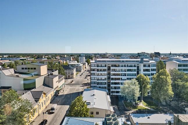 Fastighetsbeskattningen i Vasa har redan länge fungerat som stadens mjölkko. Husbolagen betalar nu 69 procent mera fastighetsskatter än för tio år sedan, skriver Arto Saarikoski.