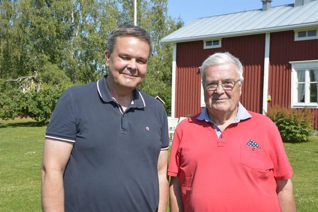 I april blev Anders Norrback röstmagnet i riksdagsvalet och knep en plats som riksdagsledamot. Två generationer Norrback från Pörtmossen har nu engagerat sig i rikspolitiken.