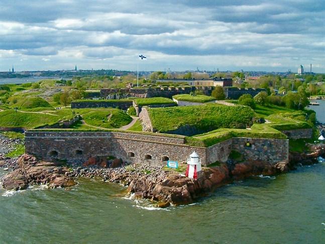 Rysshärjningarna för 300 år sedan ledde till att Sveaborg i Helsingfors anlades. Man ville förhindra att ryssarna skulle kunna anfalla skärgårdsvägen en gång till.