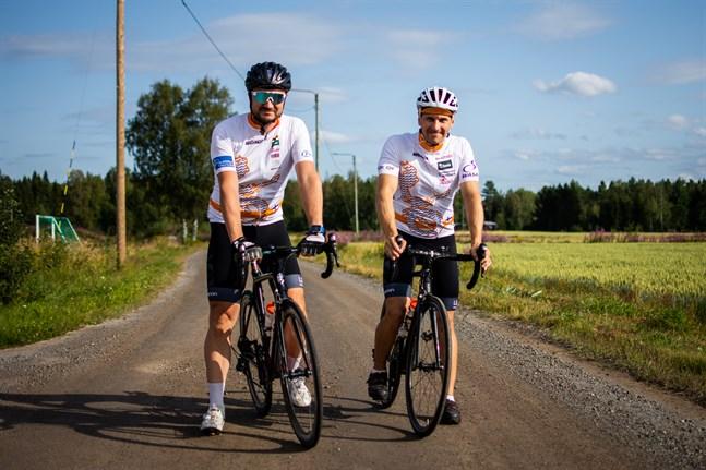 Kai Alavillamo och Jarno Salmi märkte att det fanns ett behov för en cykelförening i Vasa.