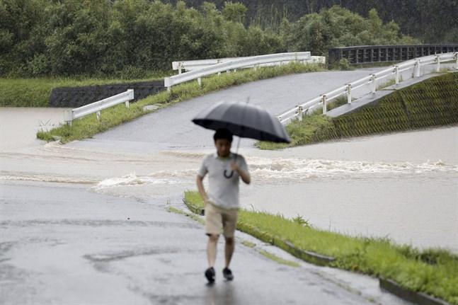 Japan har drabbats av häftiga regn tidigare i sommar, som här i staden Soo i Kagoshima i början av juli.