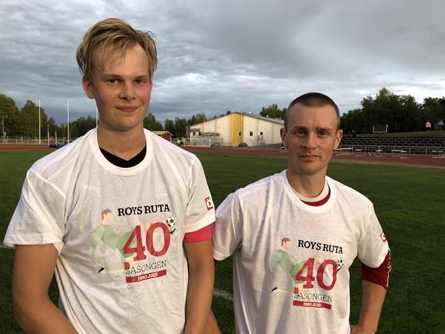 Fredrik Forsell (FoBK) och Mikael Nyvall (MunU) prisbelönades med var sin Rutan-skjorta.