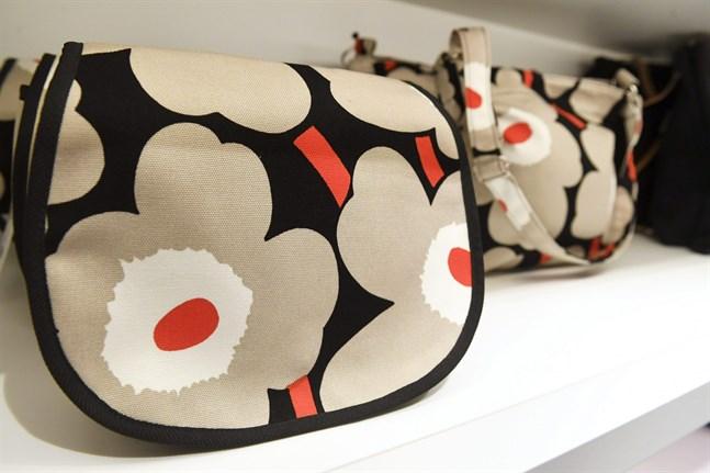 Marimekkos kända mönster Unikko finns i många olika färger.