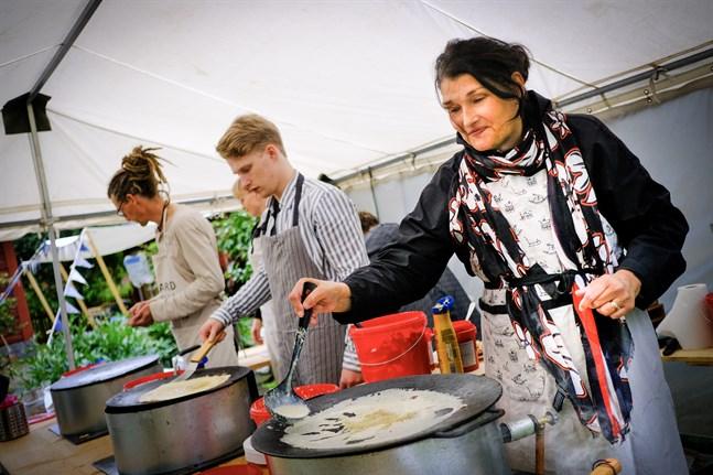 Anne Kujanen säger att den hemtrevliga stämningen på Gamla Vasa-dagen är det bästa.