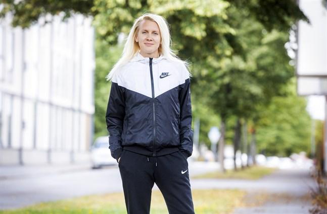 Sandra Eriksson har tio FM-guld och ett silver på 3000 meter hinder. Förra året tvingades hon stå över mästerskapen och så blir det även i år.