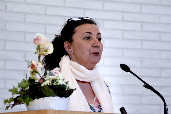 Emina Arnautovic är tjänstledig kontaktchef för SFP i Österbotten. Hon valdes på lördagen till ny medlem i SFP:s partistyrelse.