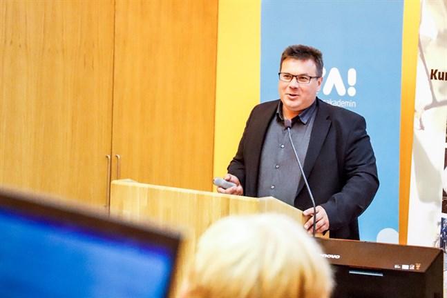 Niclas Sjöskog är en av dem som reagerade starkt på innehållet i prästen Kari Kuulas kolumn.