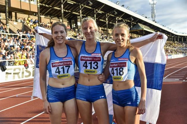 I fjol sprang Sofie Lövdal, Camilla Richardsson och Janica Rauma i det finländska laget på 3000 meter hinder. I år saknas Richardsson.