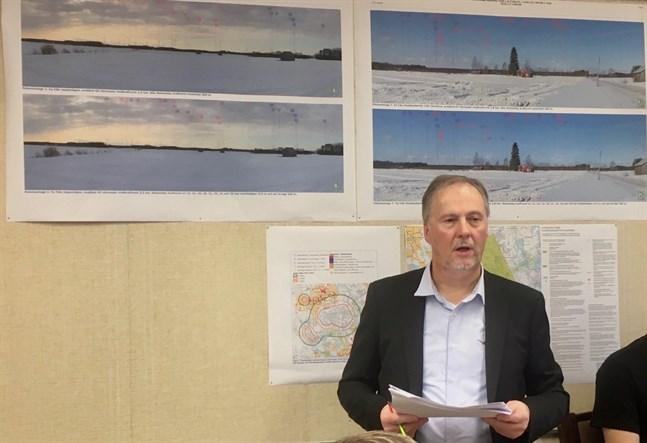 För två år sedan godkände fullmäktige delgeneralplanen för vindparken Storbötet i Pensala efter planläggningschef Tom Johanssons presentation. Efter två år har domstolen nu förkastat besvären mot fullmäktigebeslutet.
