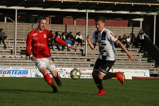 Sportings Michael Kozielek dundrade in ett mål från cirka tjugo meter hemma mot KPS.