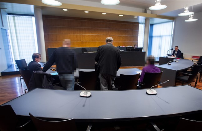 Vasamännen dömdes för närmare 80 fall av utpressning.