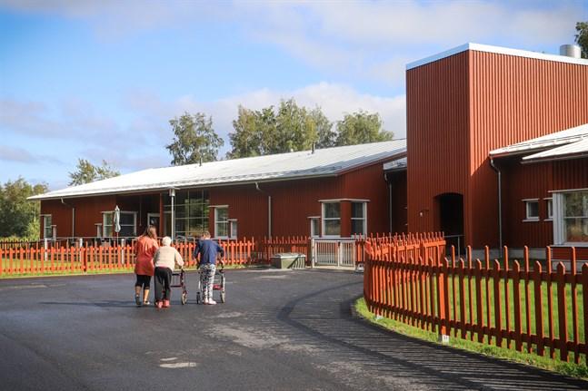 Aspgården fick tio platser till förra året.